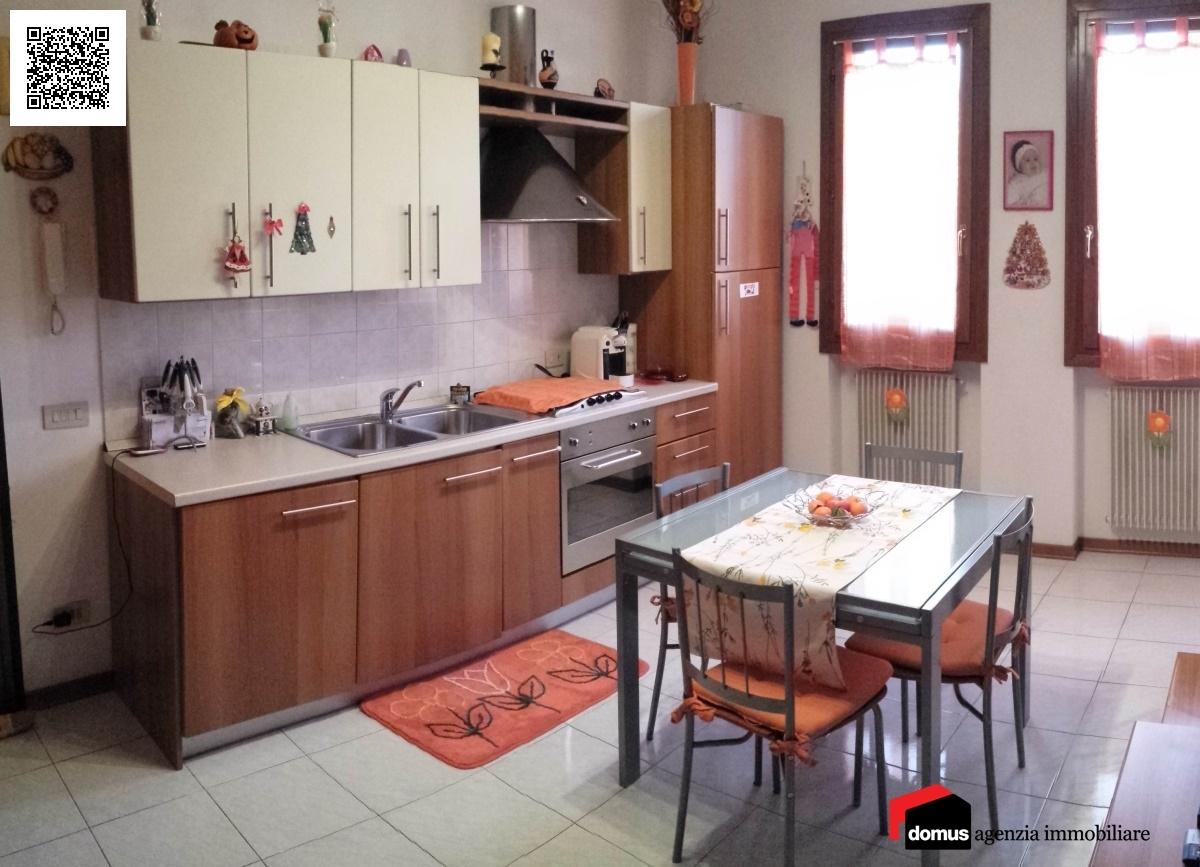 Appartamento in vendita a Zugliano, 2 locali, prezzo € 70.000 | CambioCasa.it